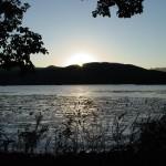 ベンチ付近からの夕日