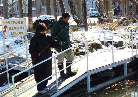 ワカサギ桟橋釣り体験2012.jpg