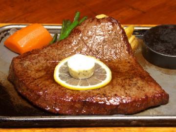 大沼牛のステーキ