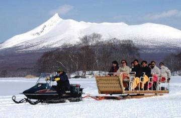 氷上スノーモービル、そり、バギー、ゴーカート