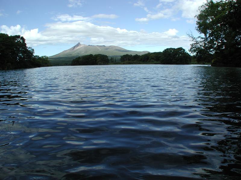 湖の成因と概要